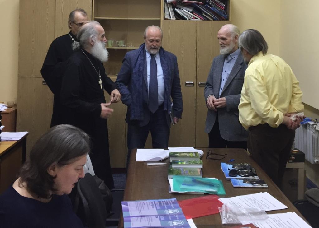 Клирик Губкинской епархии побывал на фестивале православного кино